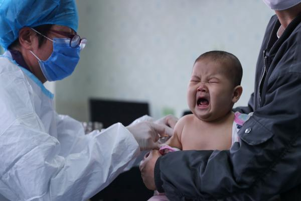 Vaccinations and COVID-19: What parents need to know | UNICEF China